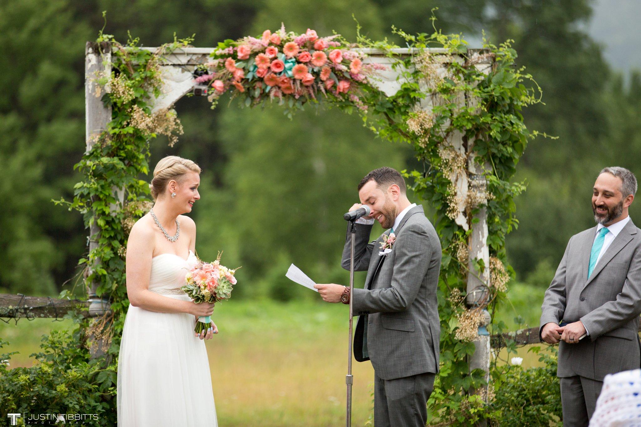 burlap-and-beams-wedding-photos-with-joran-and-molly_0068
