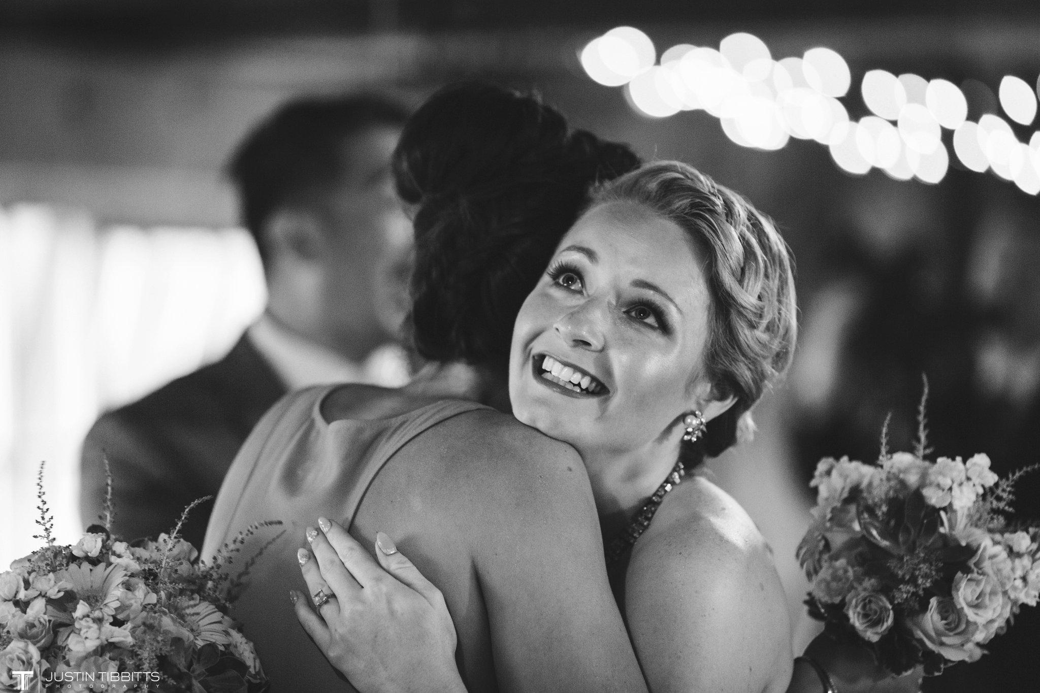 burlap-and-beams-wedding-photos-with-joran-and-molly_0076