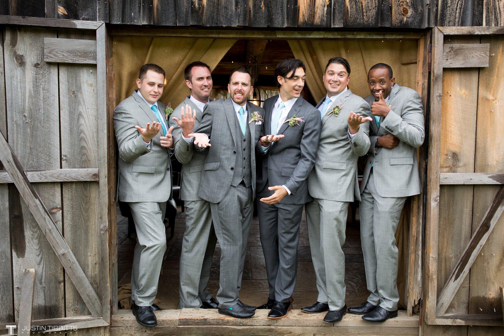 burlap-and-beams-wedding-photos-with-joran-and-molly_0079