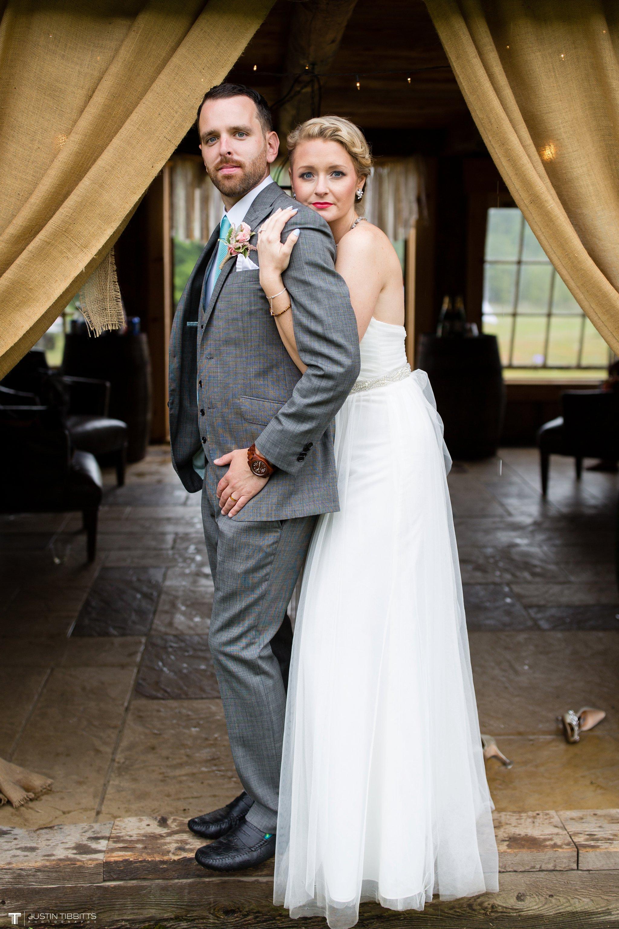 burlap-and-beams-wedding-photos-with-joran-and-molly_0084