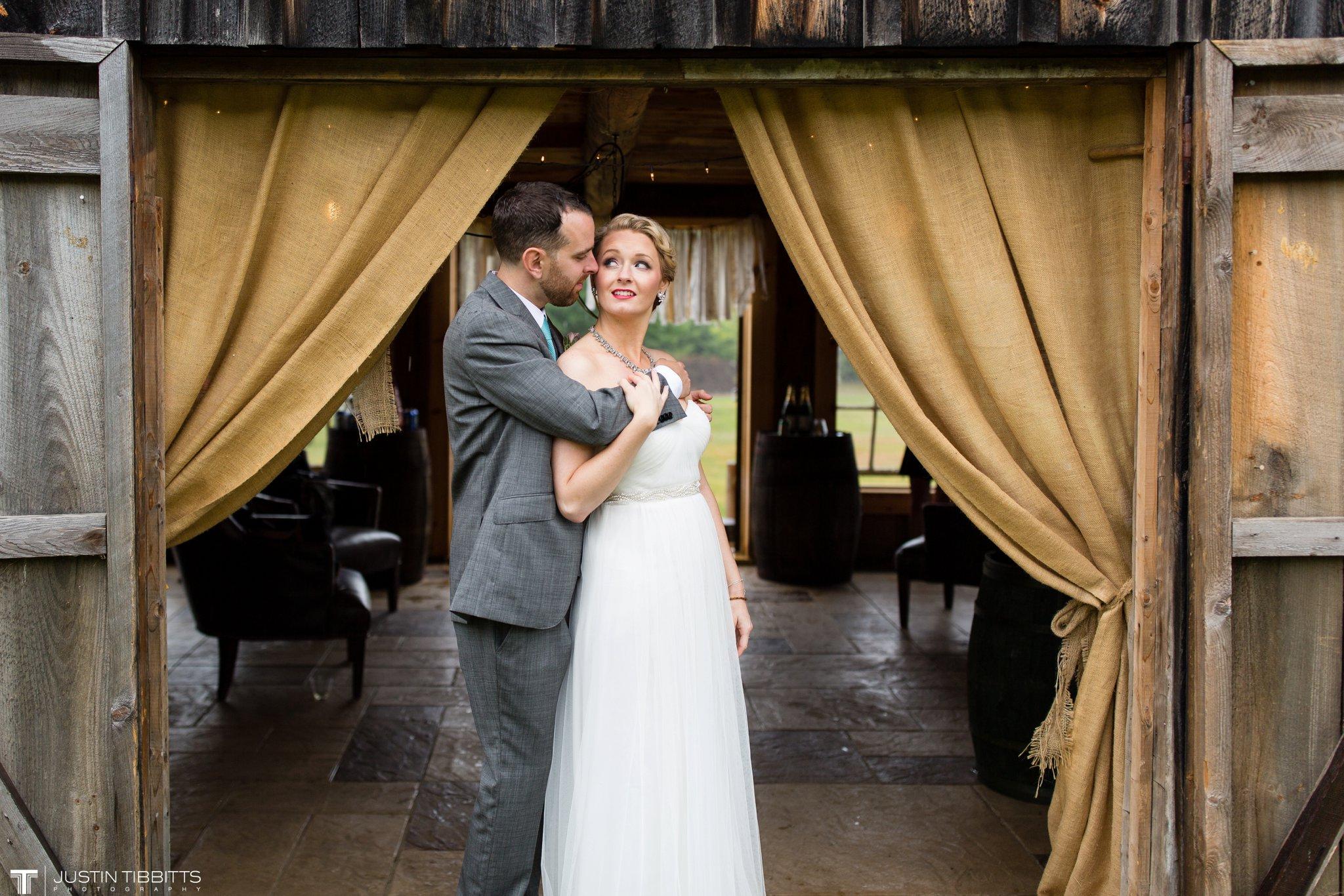 burlap-and-beams-wedding-photos-with-joran-and-molly_0087