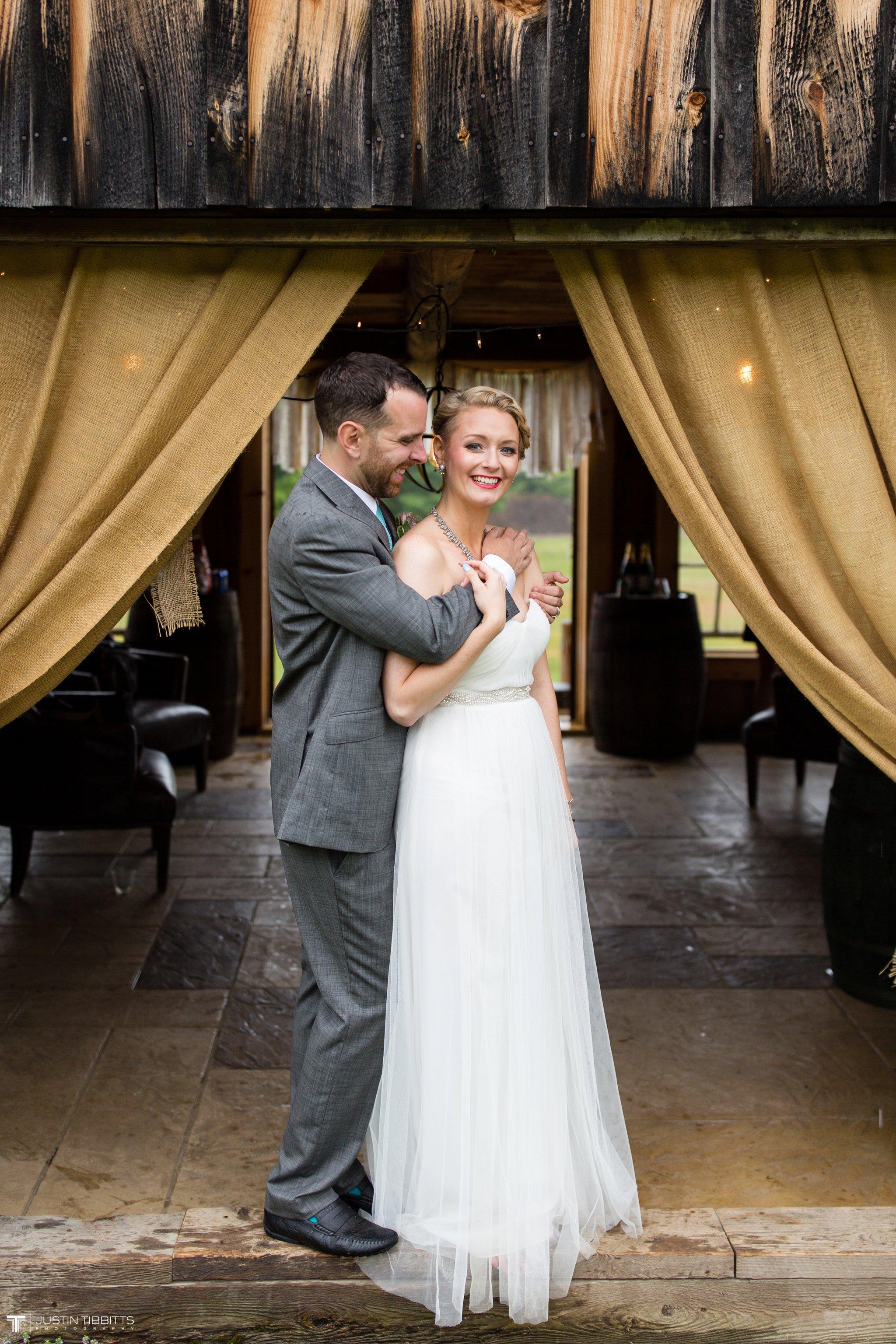 burlap-and-beams-wedding-photos-with-joran-and-molly_0090