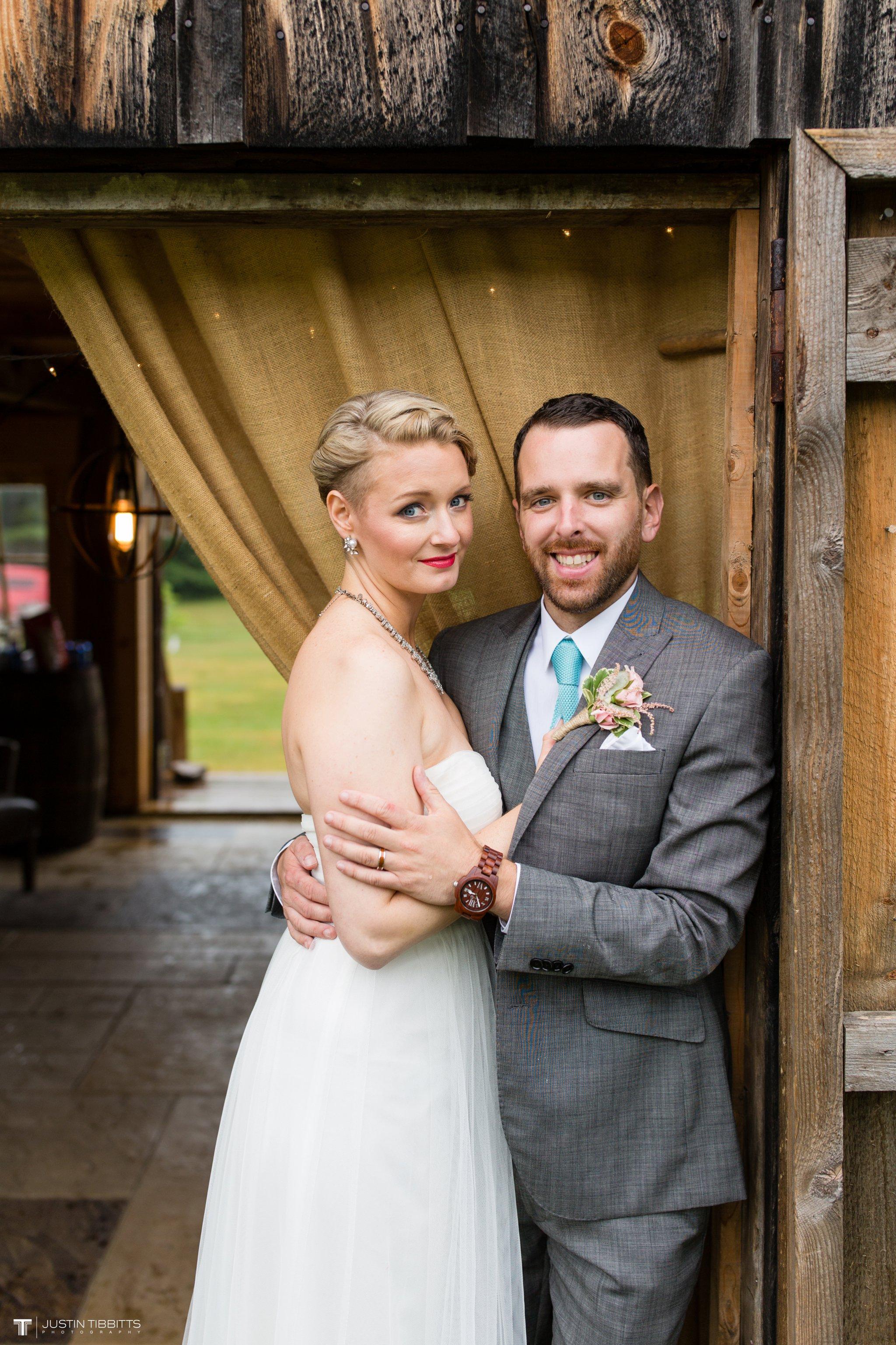burlap-and-beams-wedding-photos-with-joran-and-molly_0096