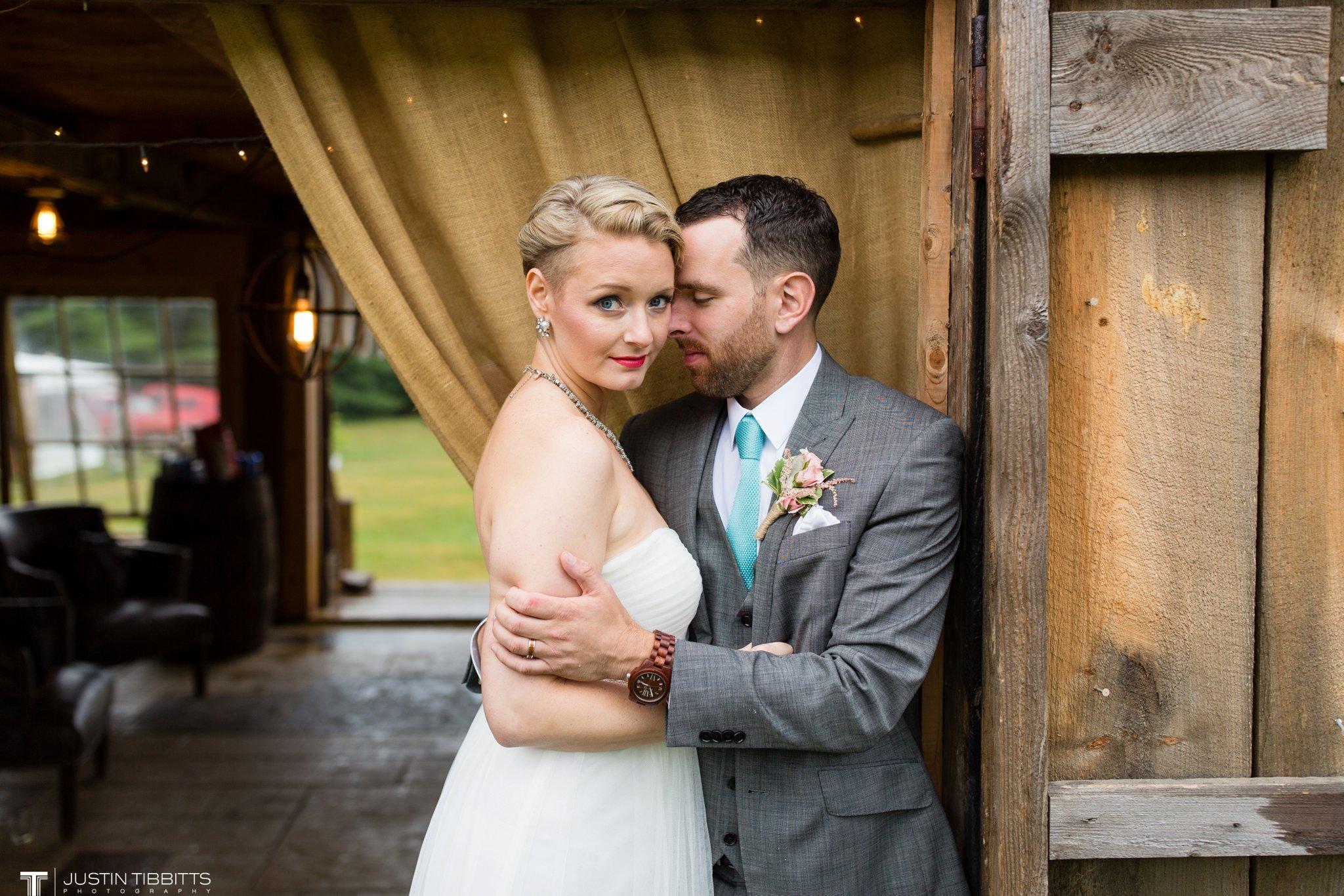 burlap-and-beams-wedding-photos-with-joran-and-molly_0097