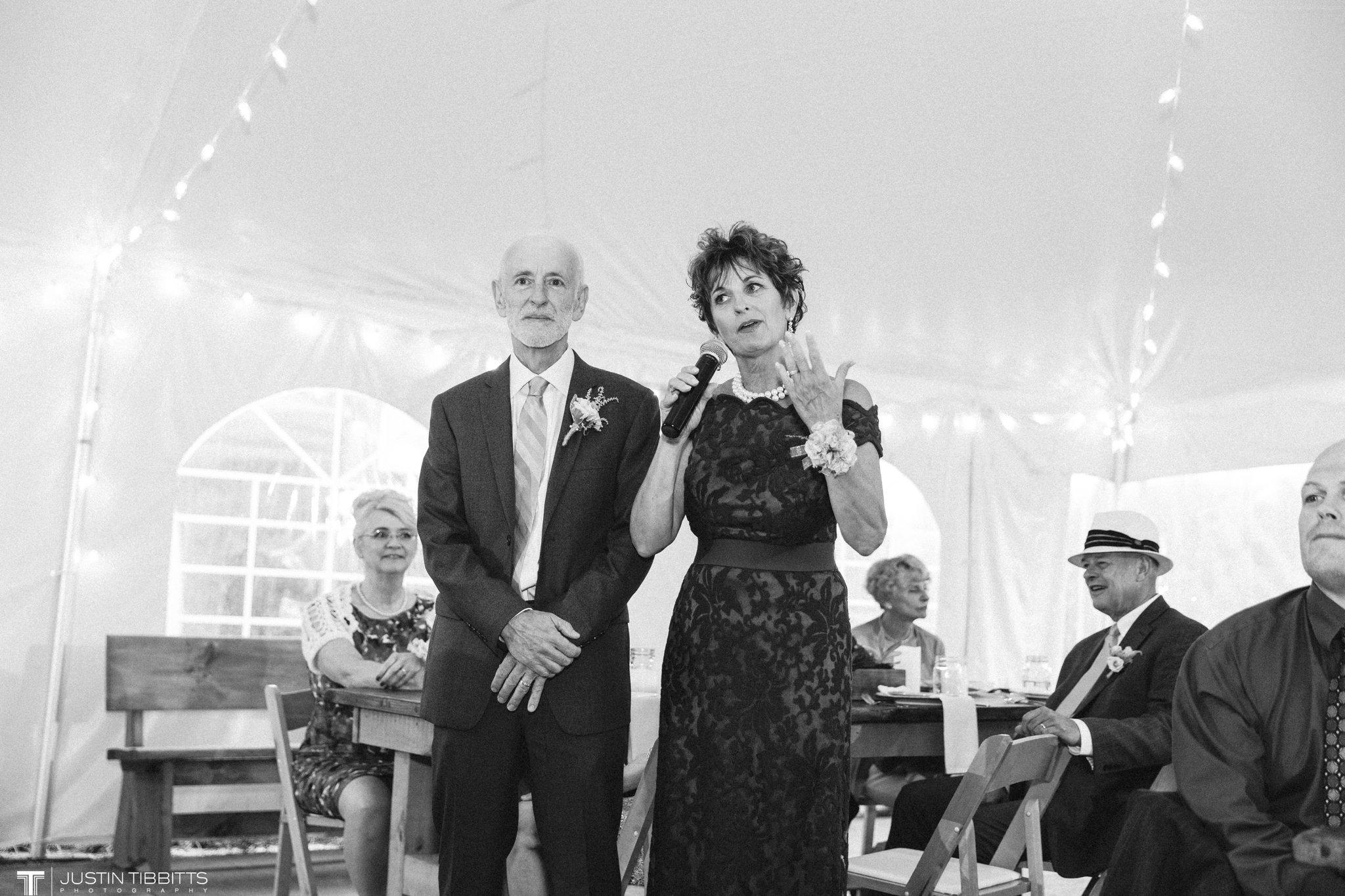 burlap-and-beams-wedding-photos-with-joran-and-molly_0104