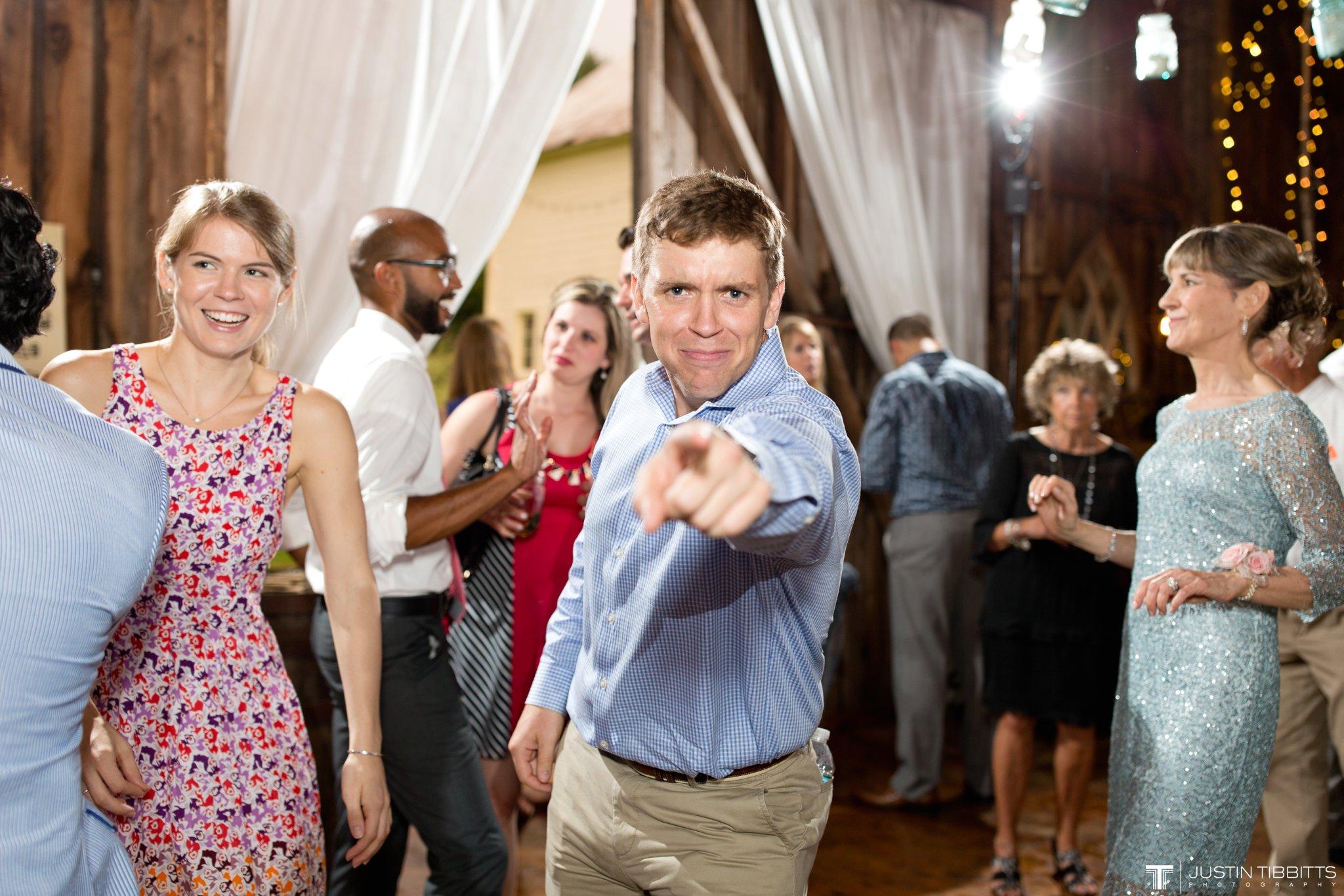 burlap-and-beams-wedding-photos-with-joran-and-molly_0128
