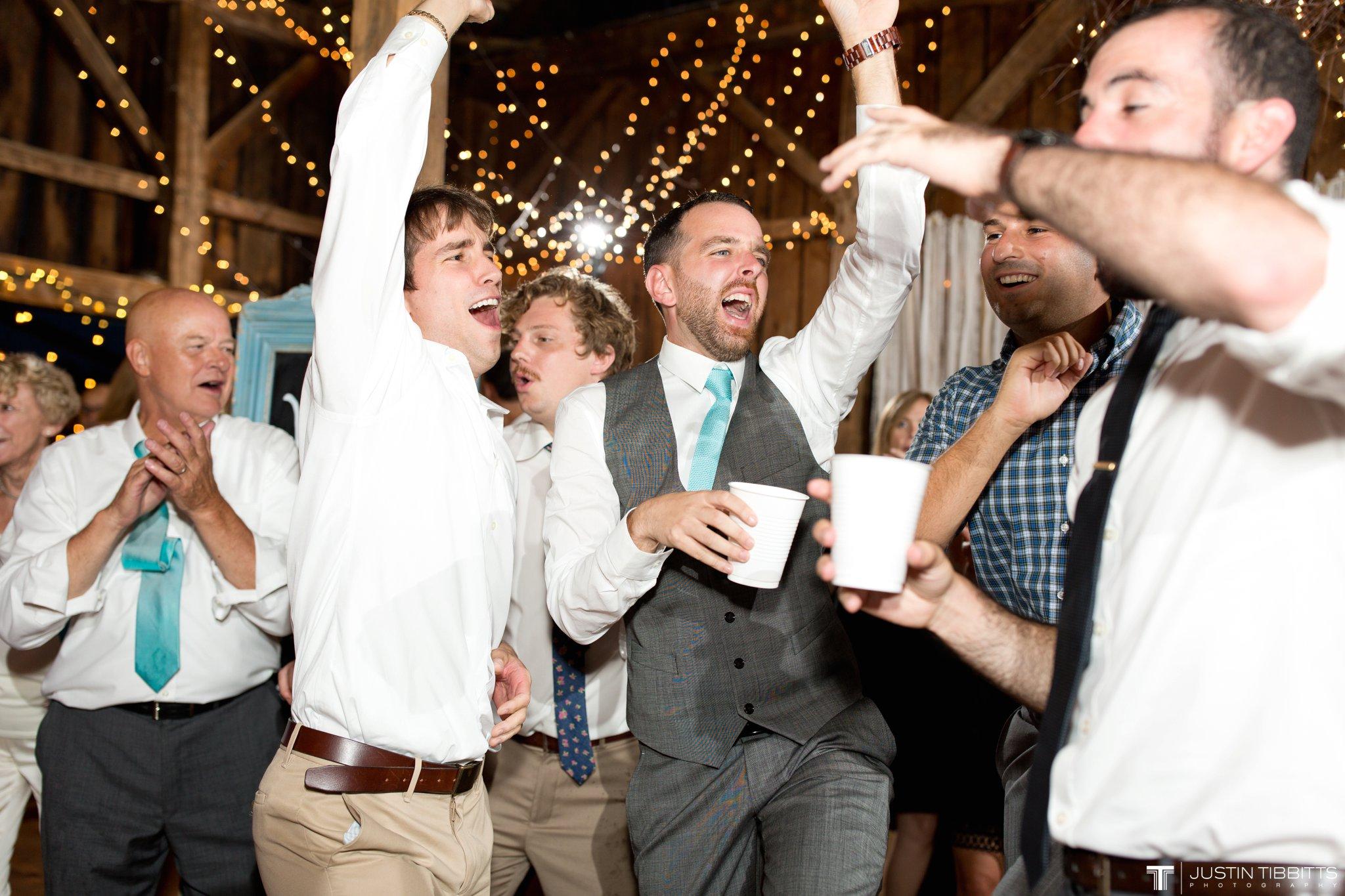 burlap-and-beams-wedding-photos-with-joran-and-molly_0132