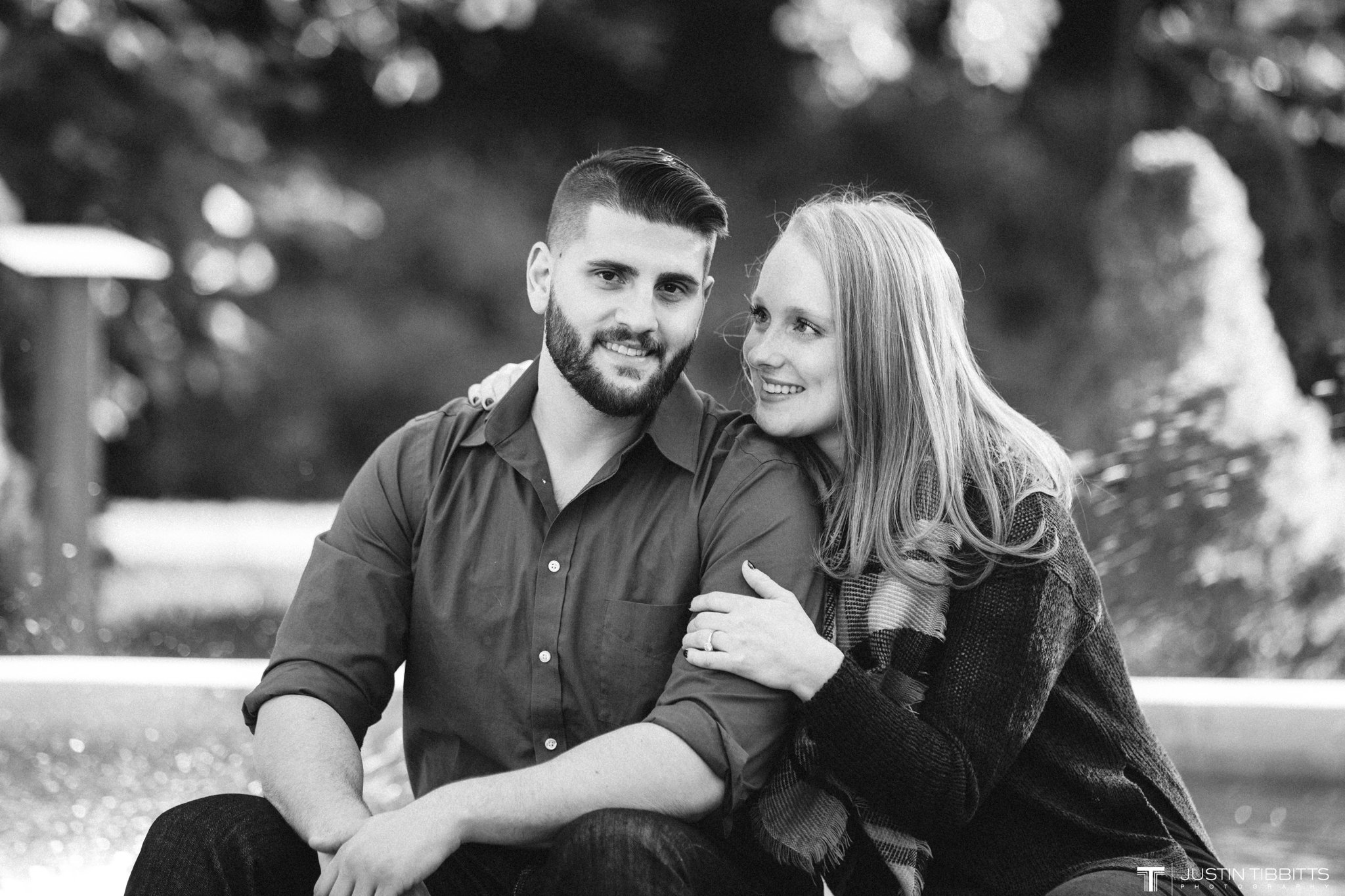 congress-park-saratoga-springs-engagement-photos-with-lauren-and-nick_0019