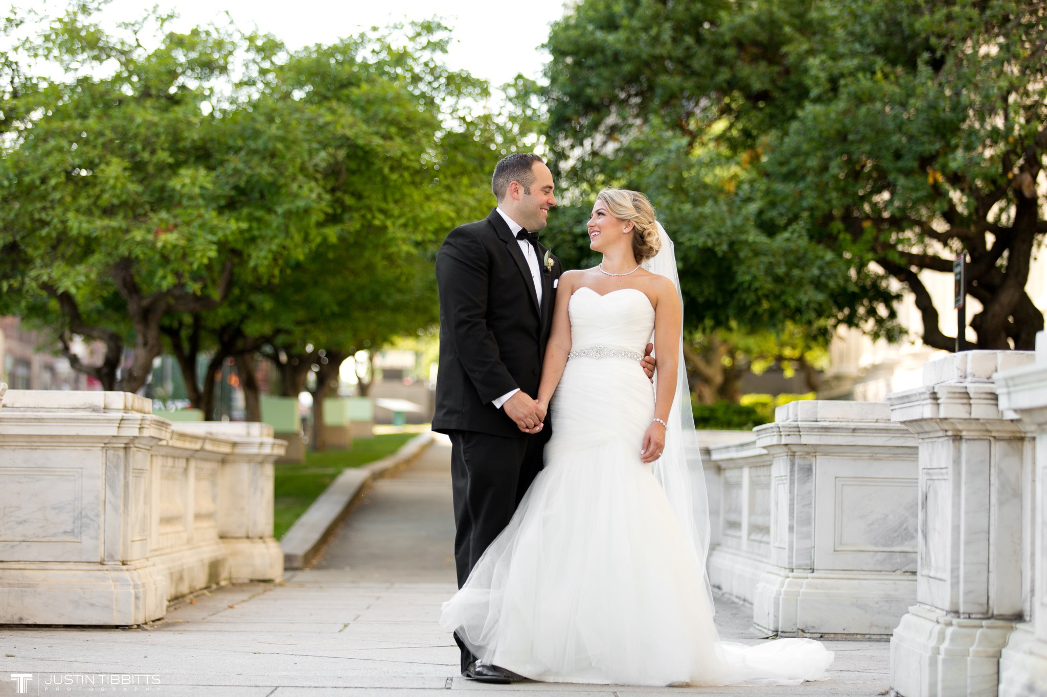 state-room-wedding-photos-with-amanda-and-nick_0131