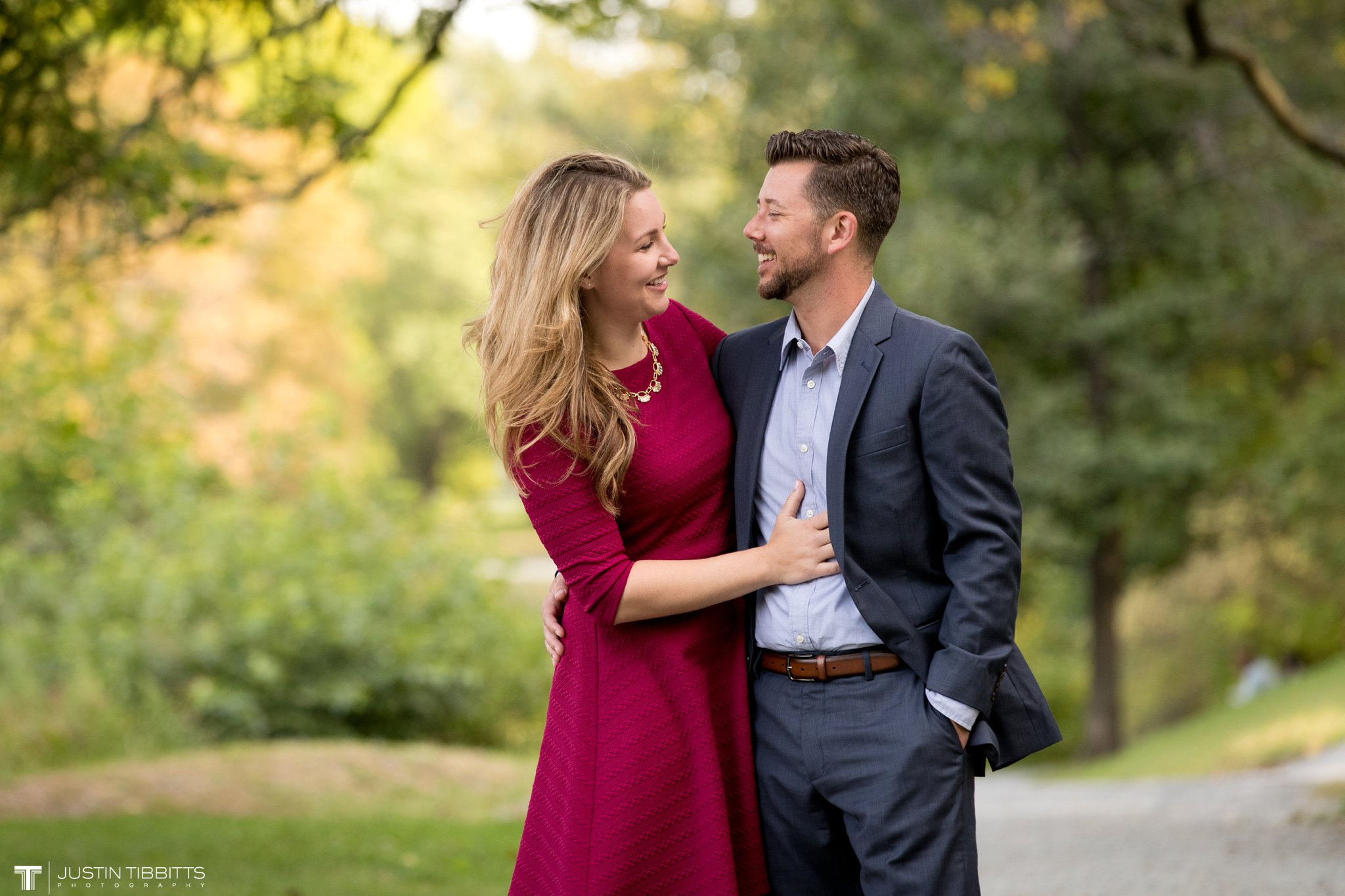 washington-park-albany-ny-engagement-photos-with-andrea-and-dan_0015