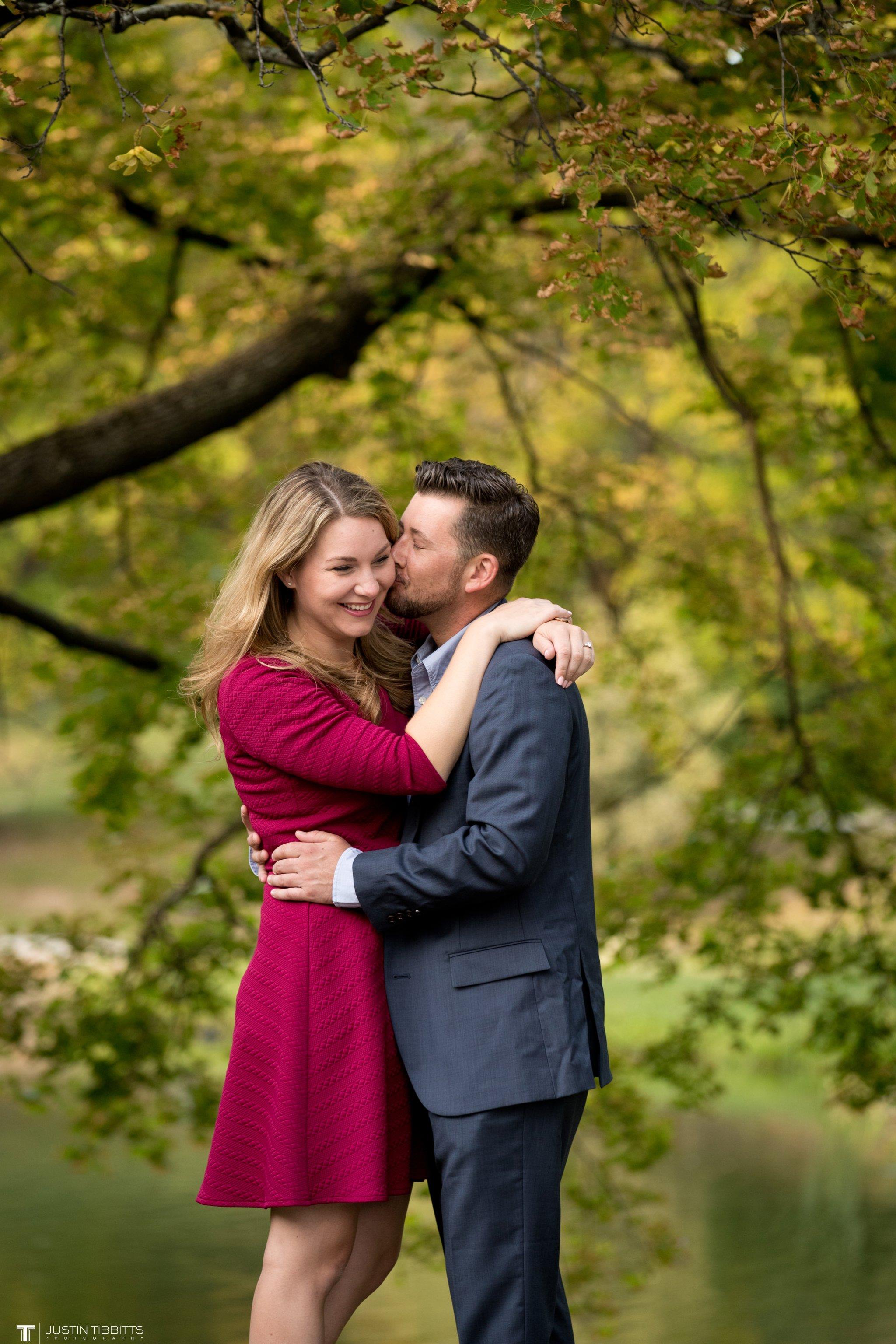 washington-park-albany-ny-engagement-photos-with-andrea-and-dan_0018