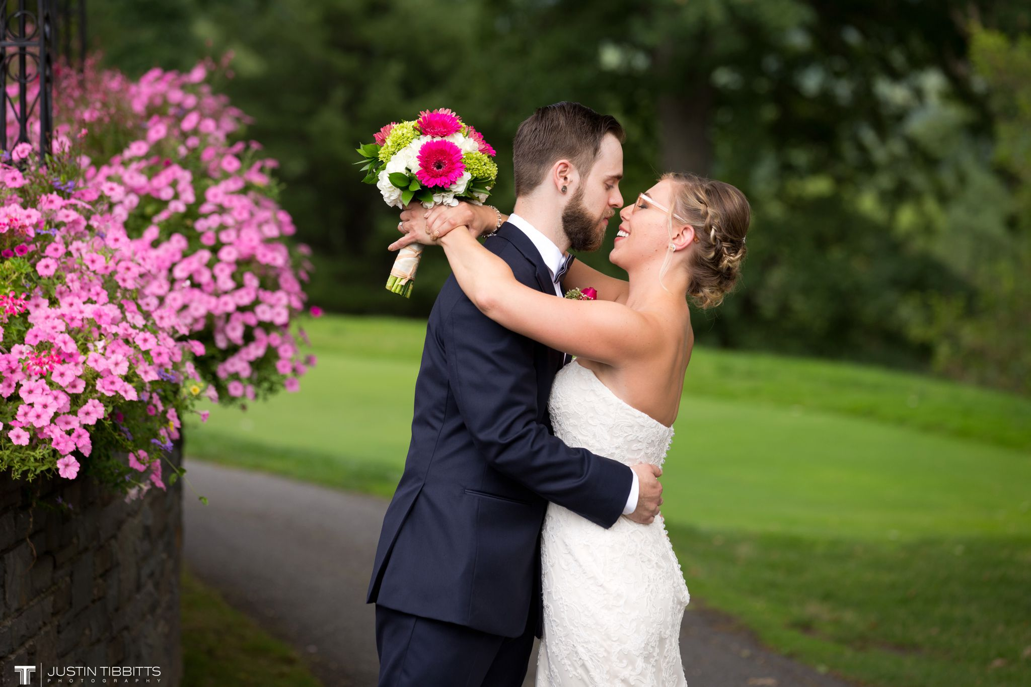 albany-country-club-wedding-photos-with-katherine-and-greg_0027