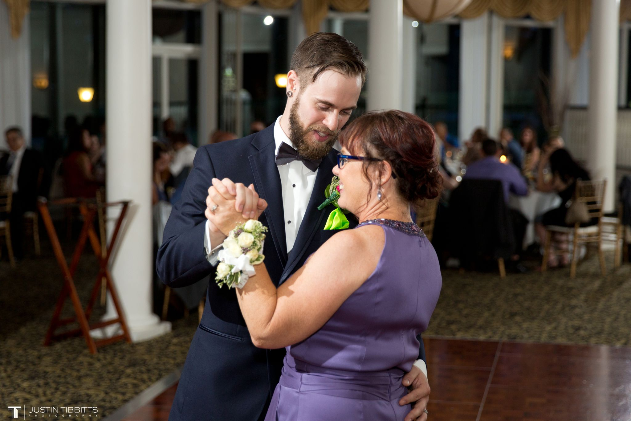 albany-country-club-wedding-photos-with-katherine-and-greg_0100