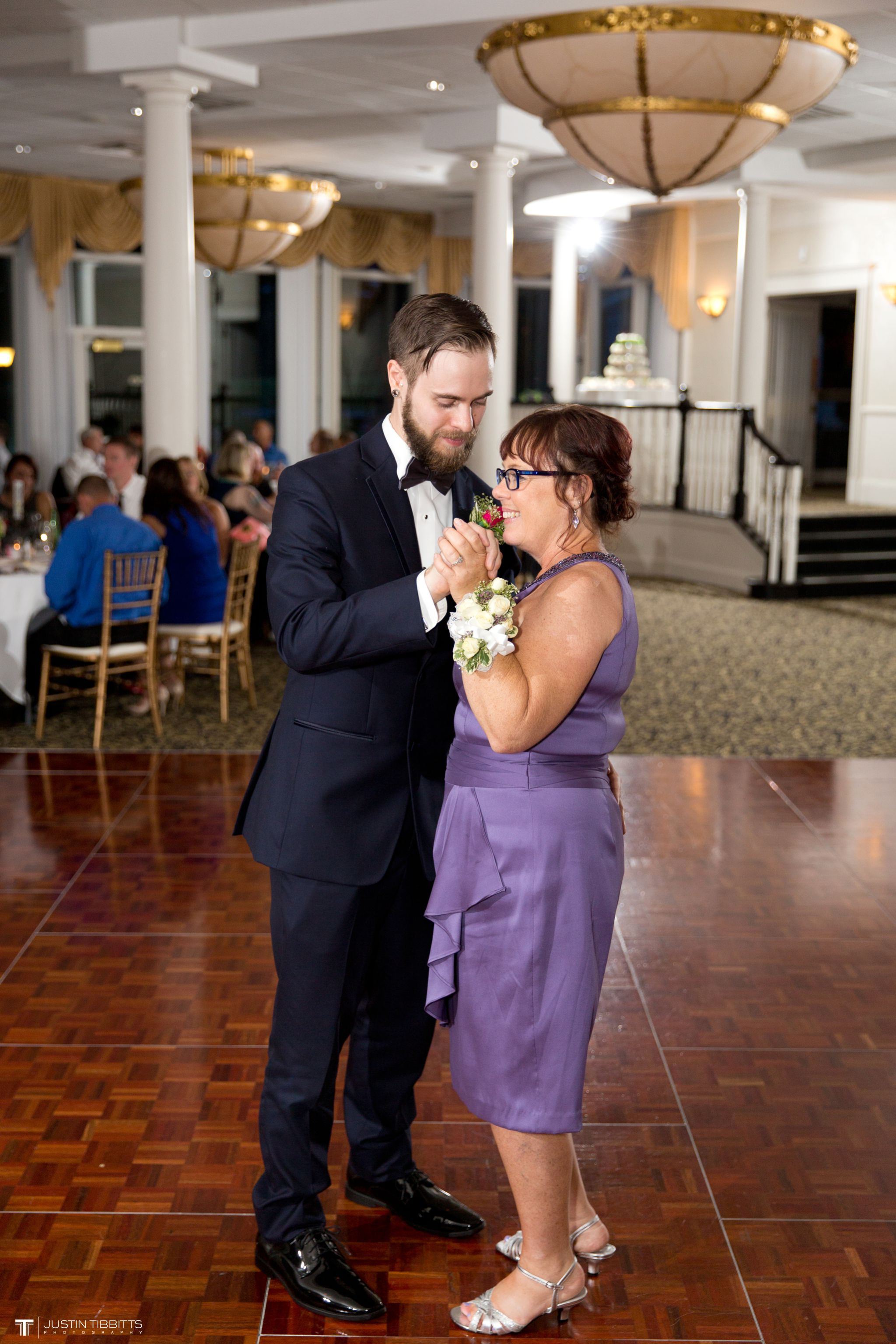 albany-country-club-wedding-photos-with-katherine-and-greg_0101