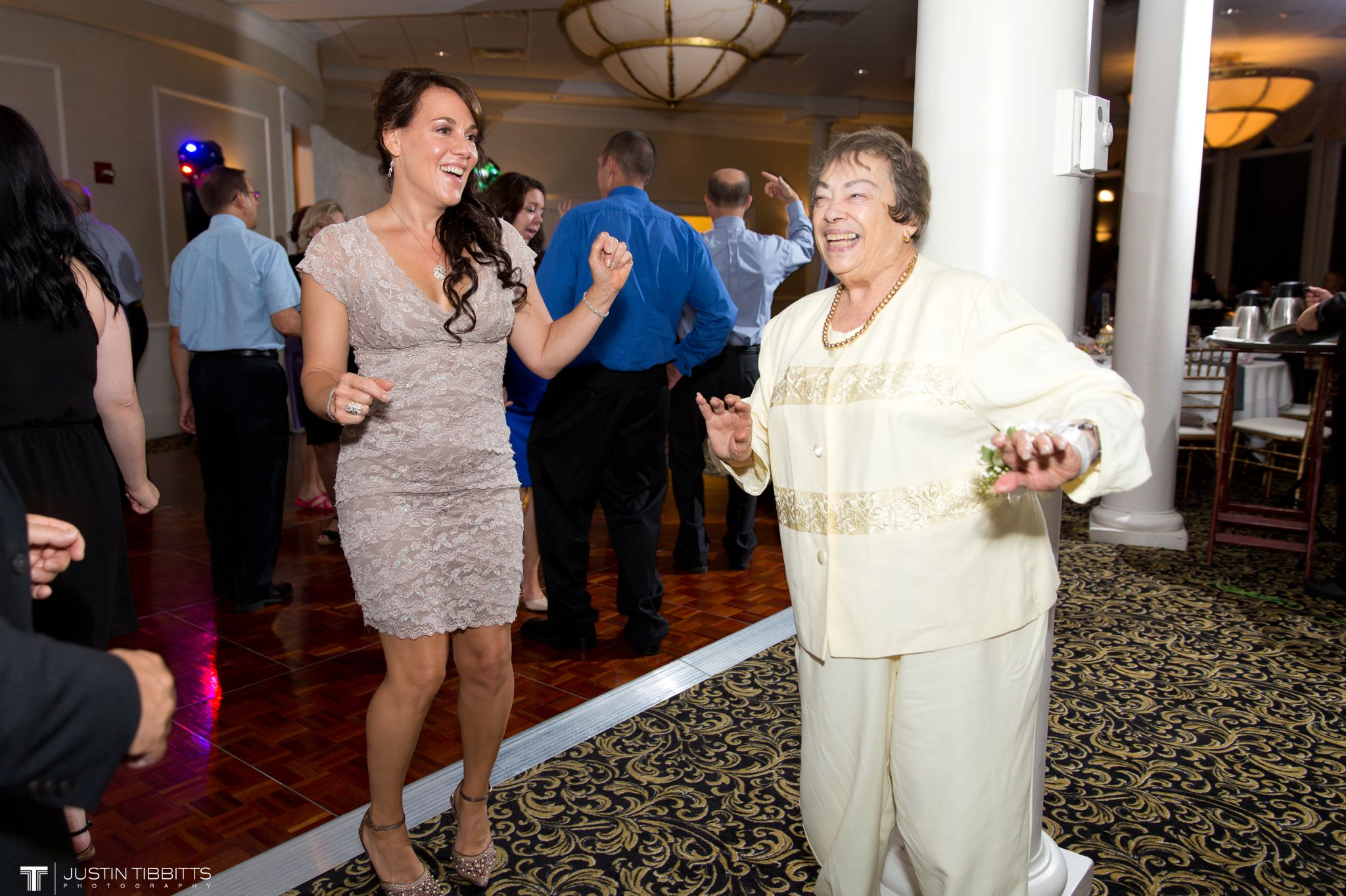 albany-country-club-wedding-photos-with-katherine-and-greg_0118