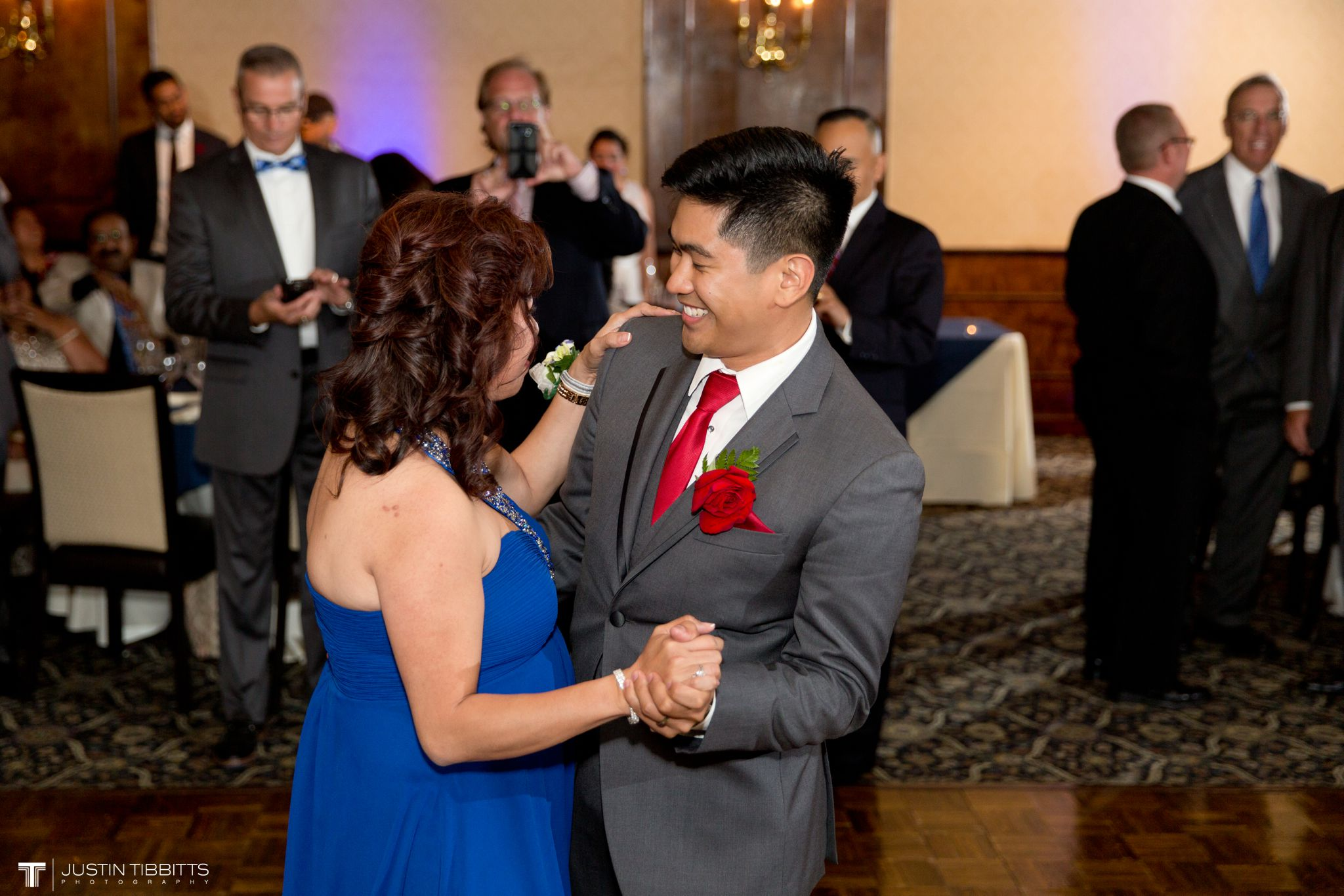century-house-wedding-photos-with-james-and-molly_0104