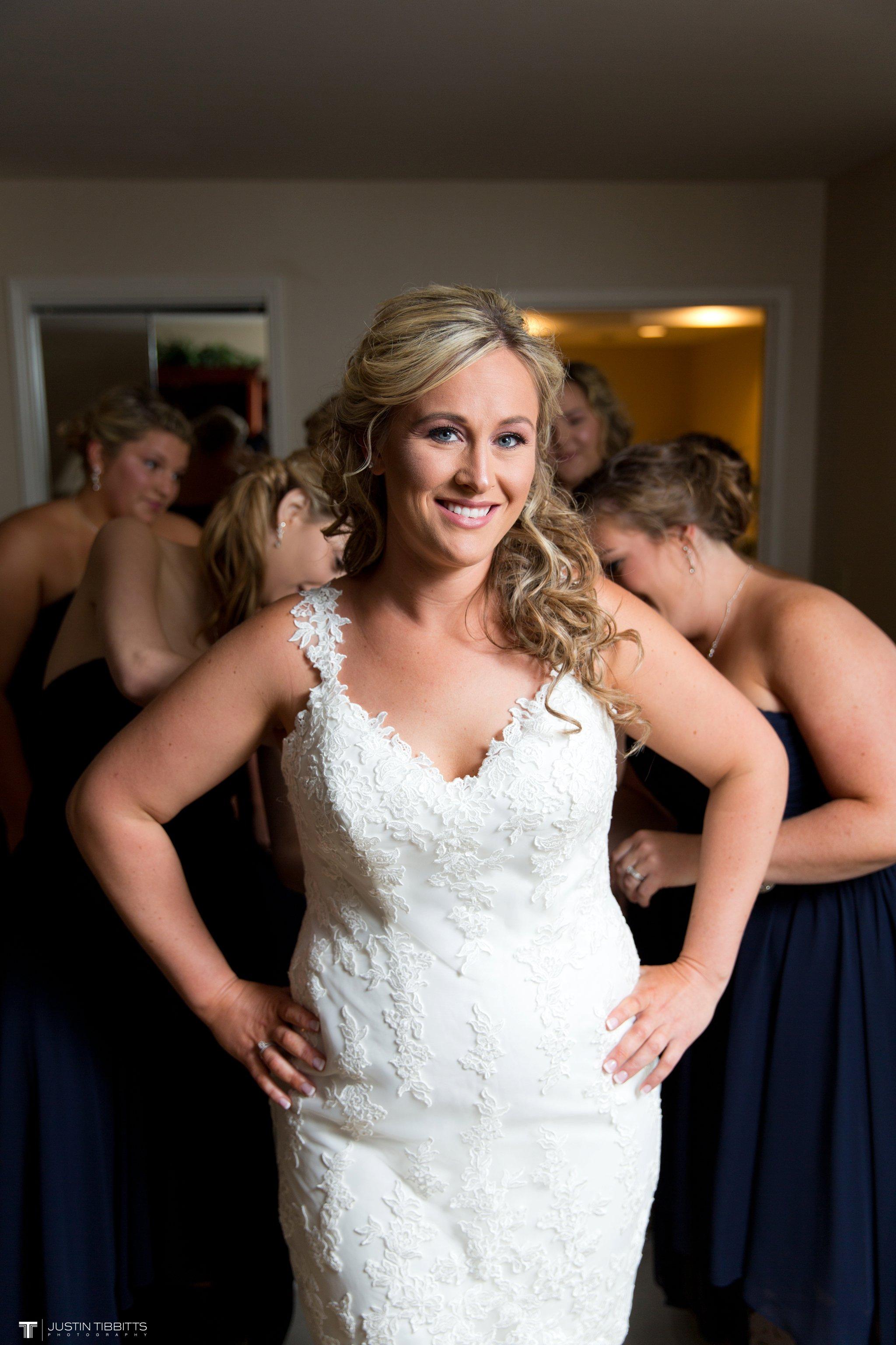 Birch Hill Wedding Photos with Savanna and Zachary_0014