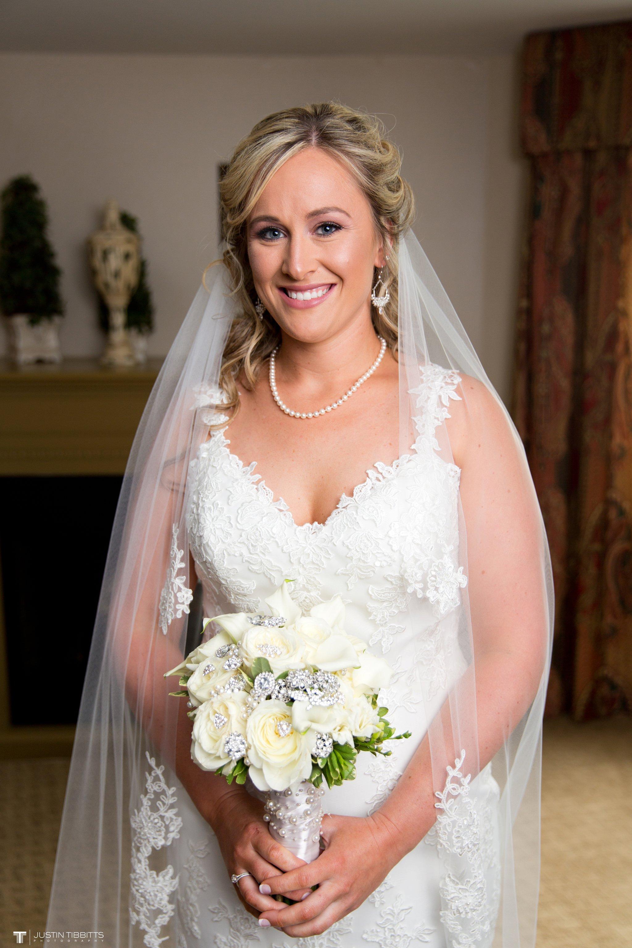 Birch Hill Wedding Photos with Savanna and Zachary_0017