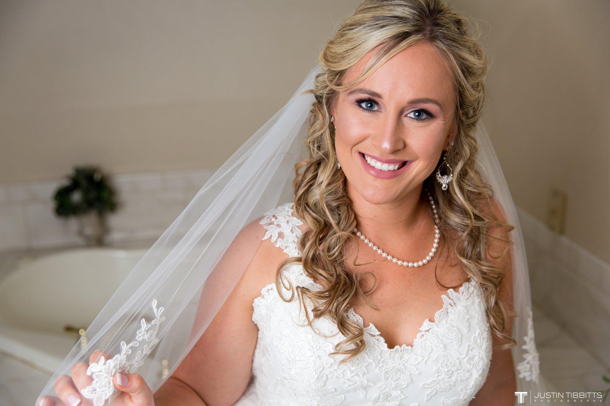 Birch Hill Wedding Photos with Savanna and Zachary_0020