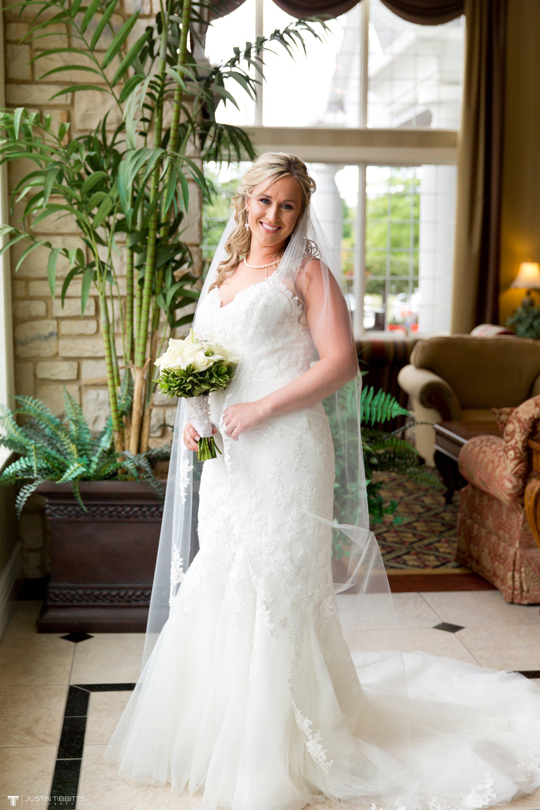 Birch Hill Wedding Photos with Savanna and Zachary_0022