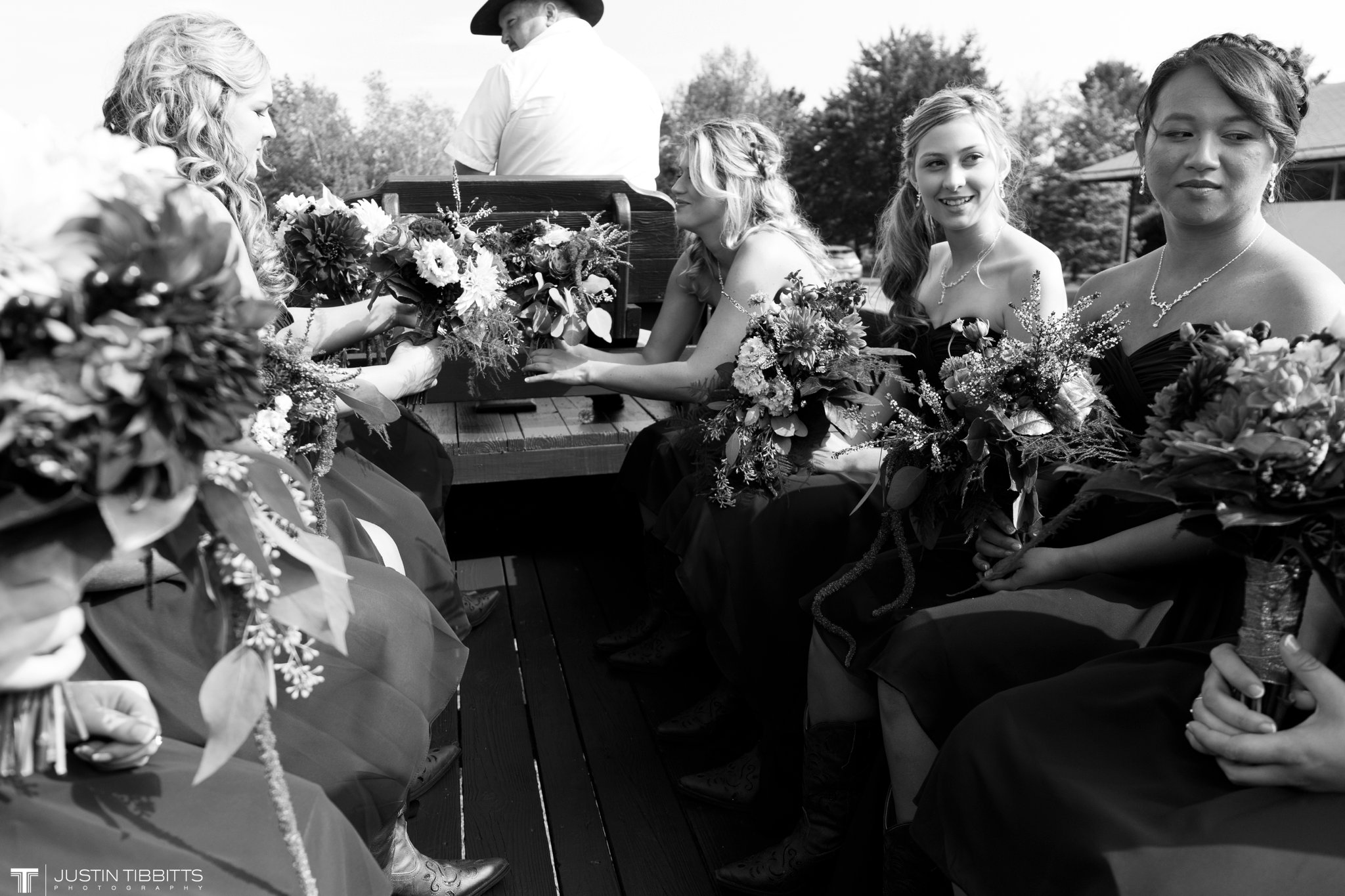 Birch Hill Wedding Photos with Savanna and Zachary_0026