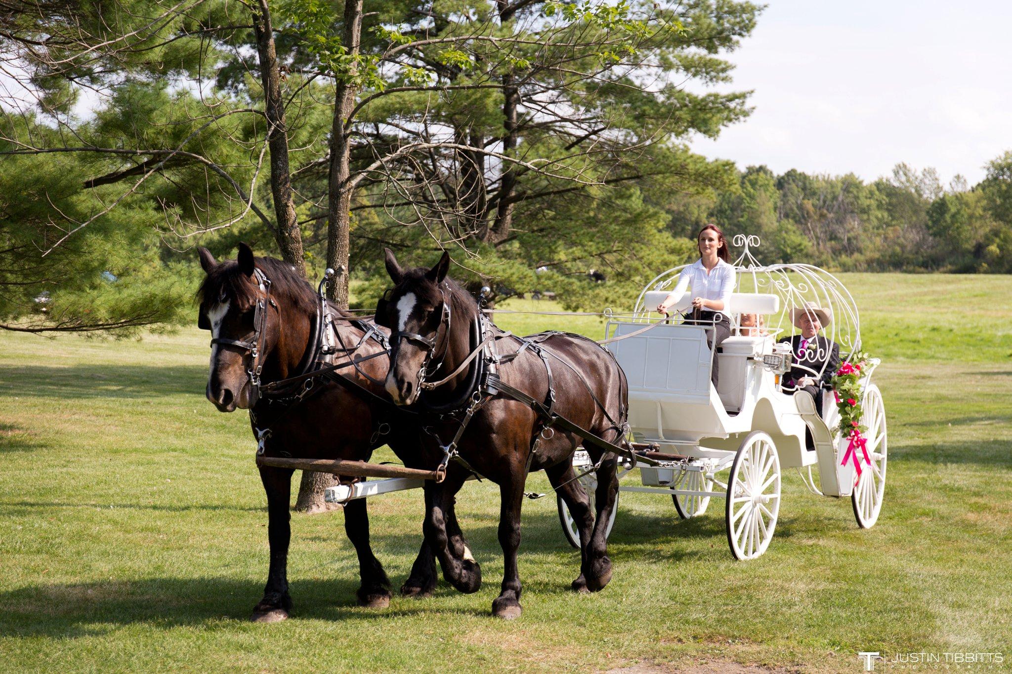Birch Hill Wedding Photos with Savanna and Zachary_0035