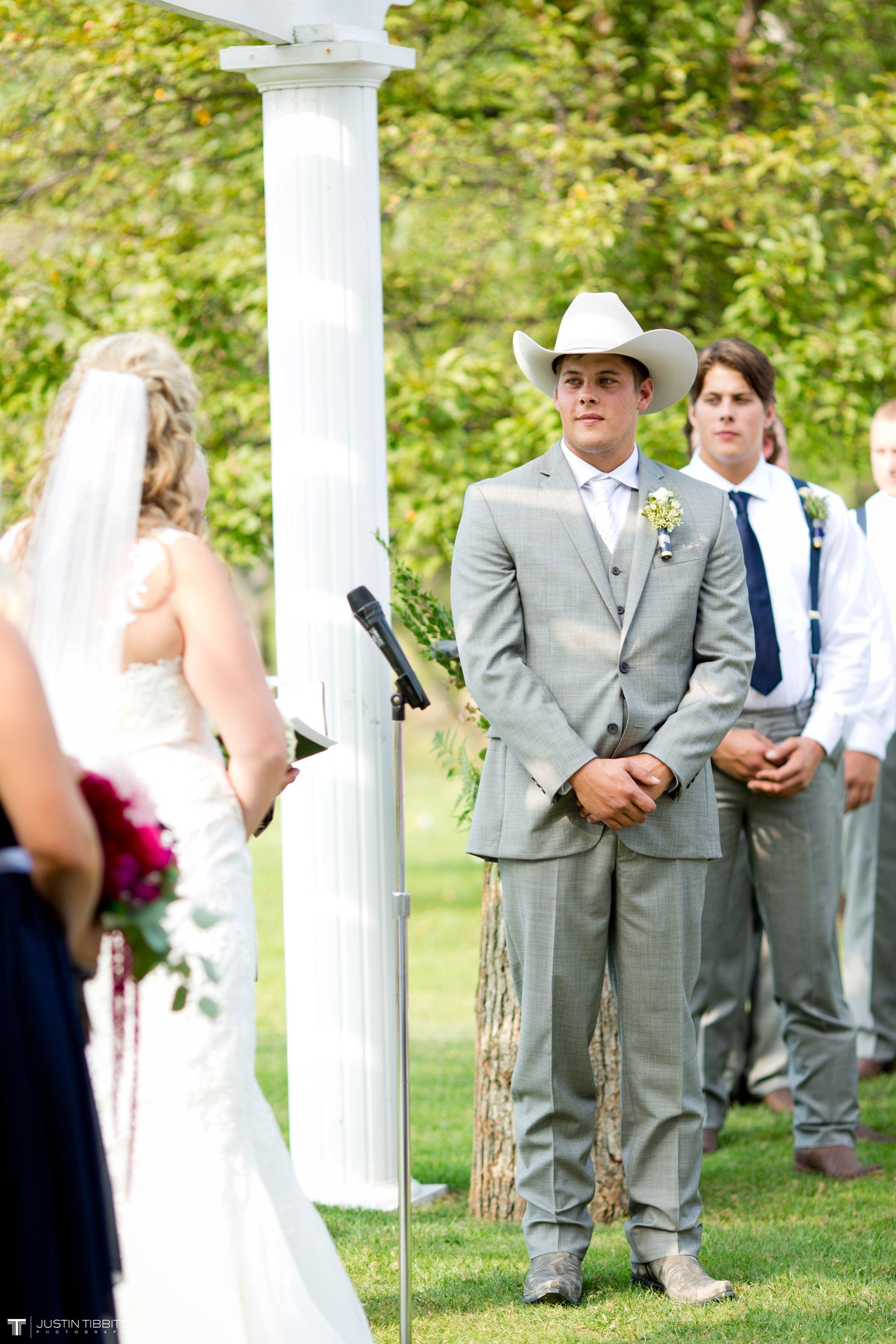 Birch Hill Wedding Photos with Savanna and Zachary_0046