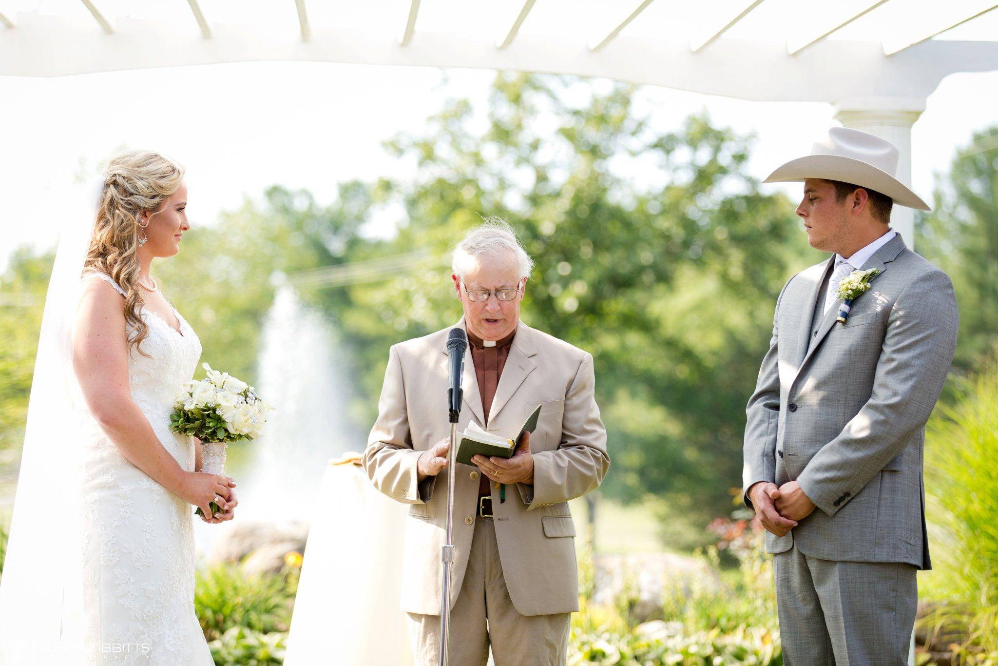 Birch Hill Wedding Photos with Savanna and Zachary_0050