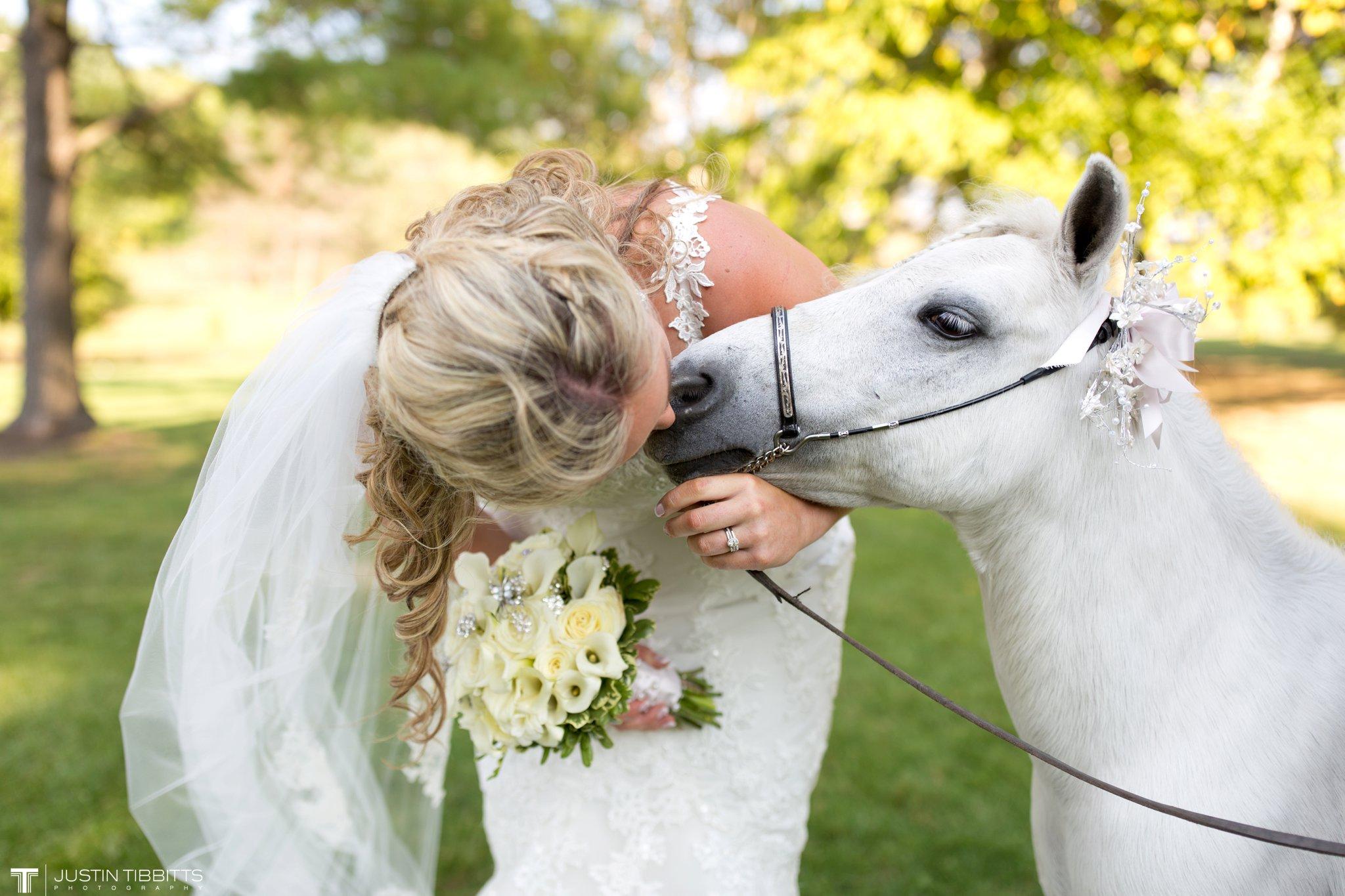Birch Hill Wedding Photos with Savanna and Zachary_0061