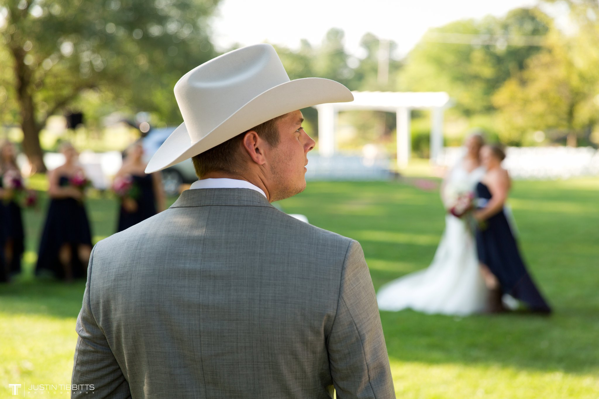 Birch Hill Wedding Photos with Savanna and Zachary_0067