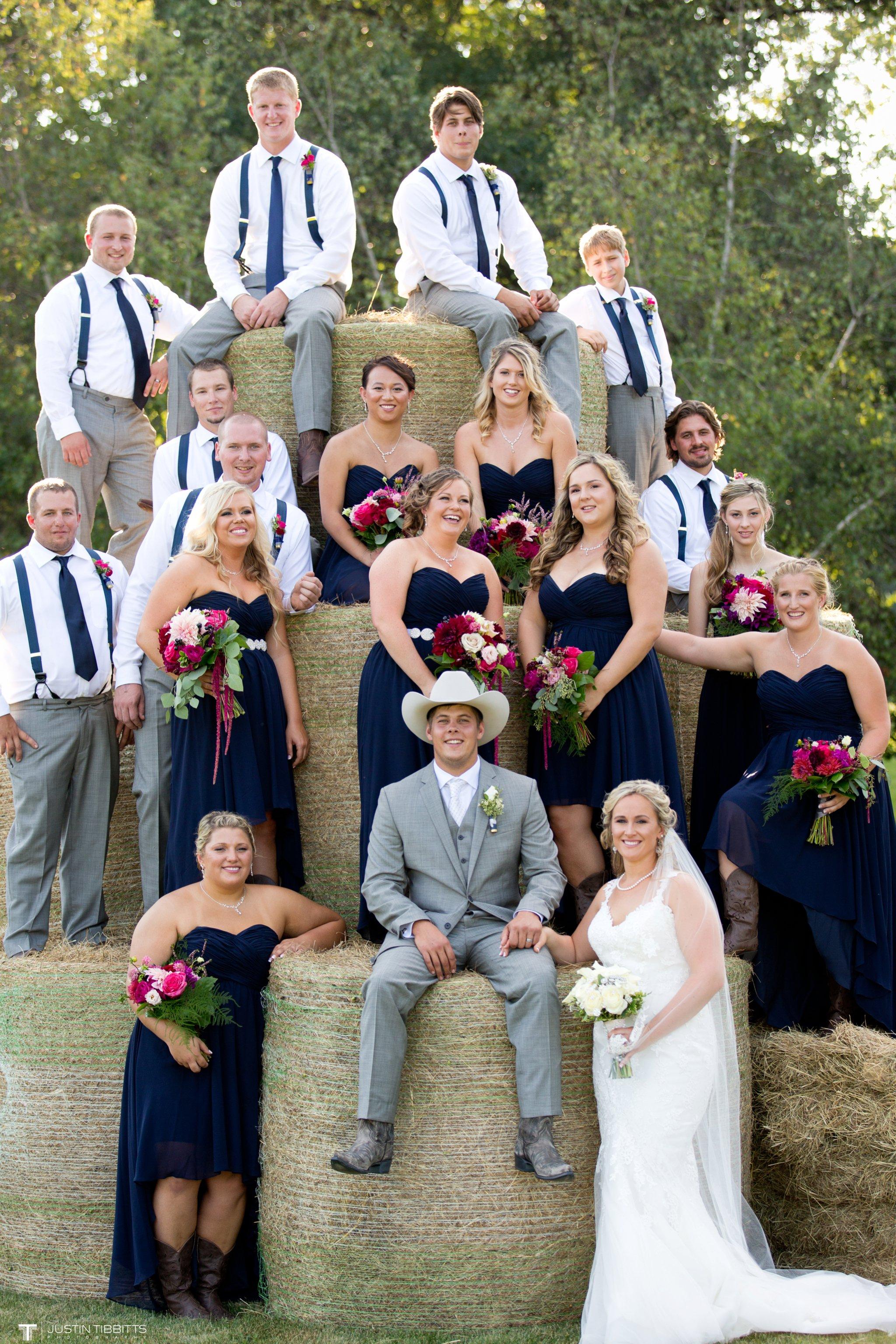 Birch Hill Wedding Photos with Savanna and Zachary_0070