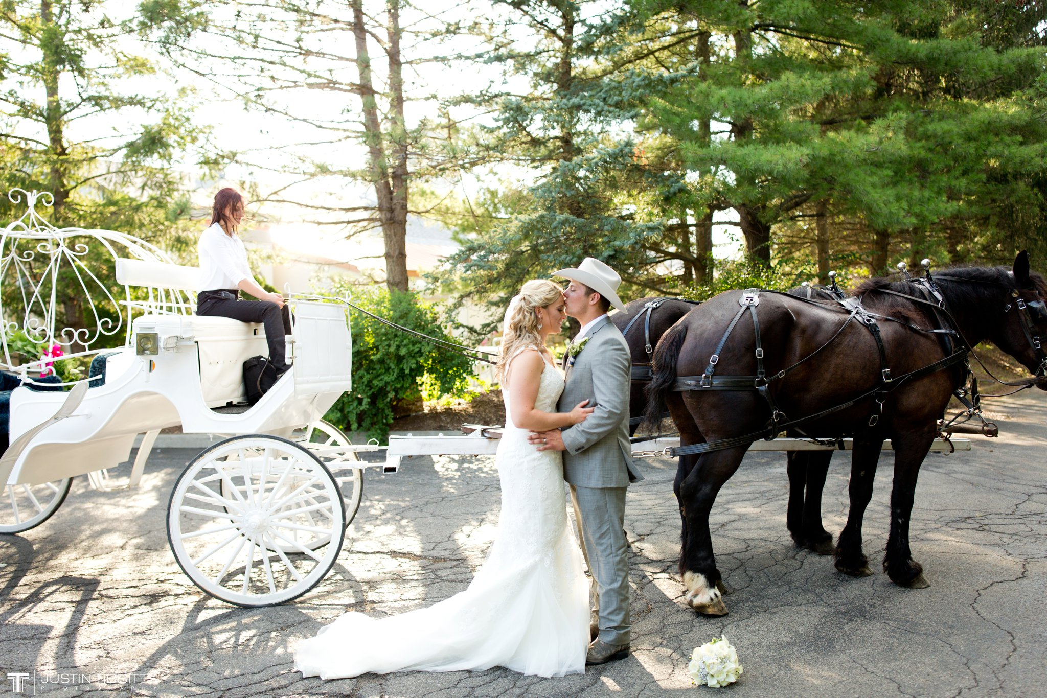 Birch Hill Wedding Photos with Savanna and Zachary_0077