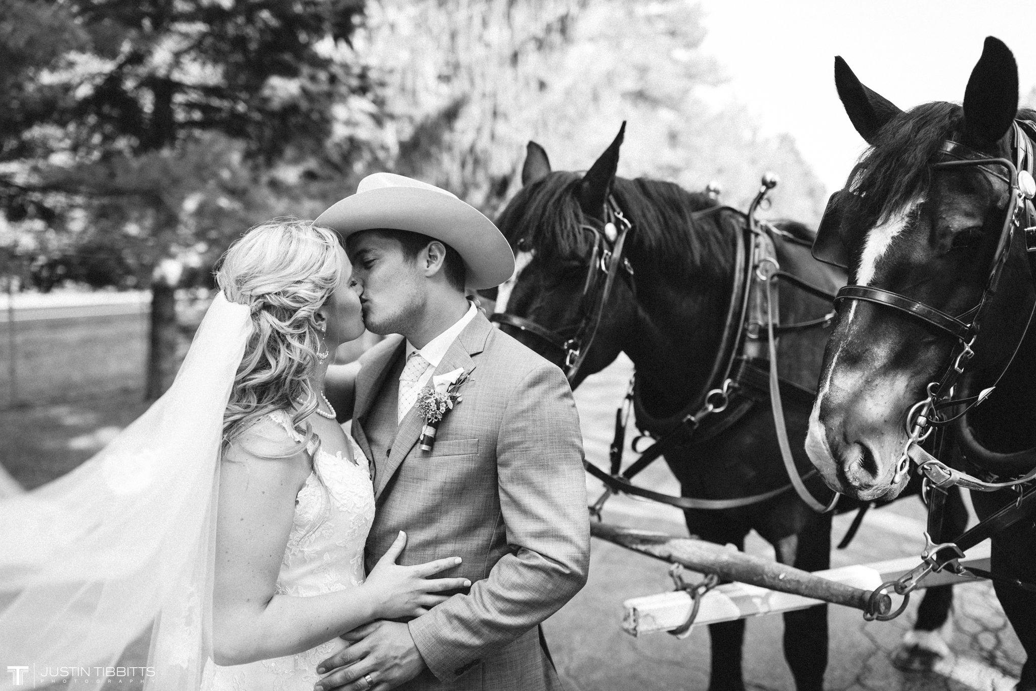 Birch Hill Wedding Photos with Savanna and Zachary_0078