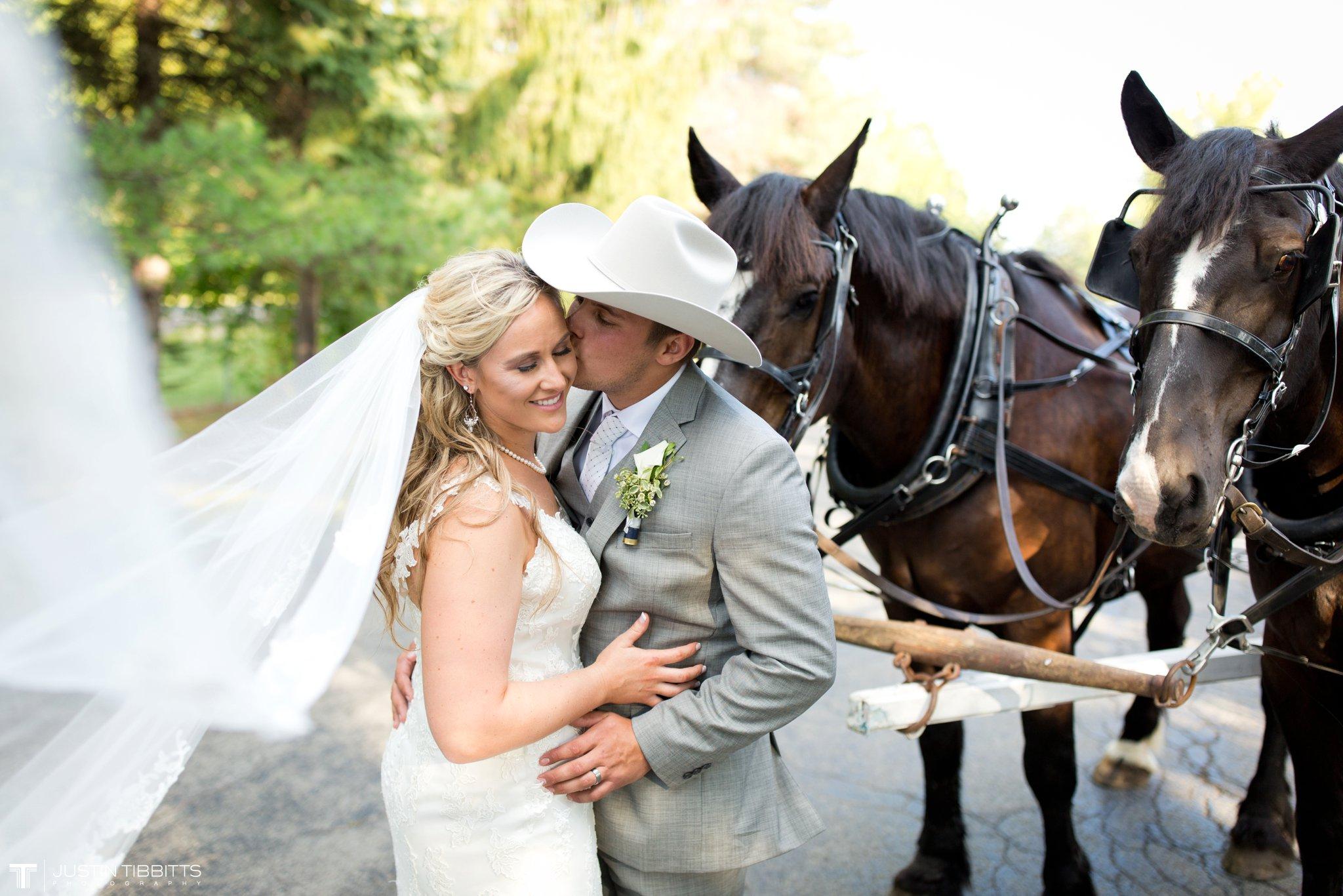 Birch Hill Wedding Photos with Savanna and Zachary_0079