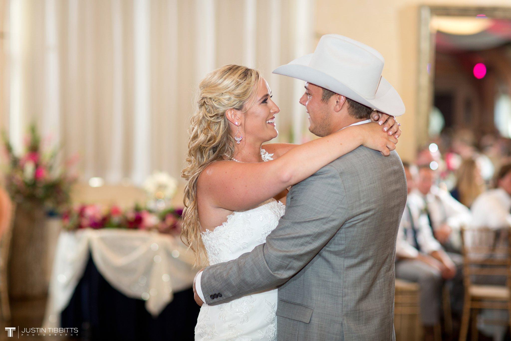 Birch Hill Wedding Photos with Savanna and Zachary_0091