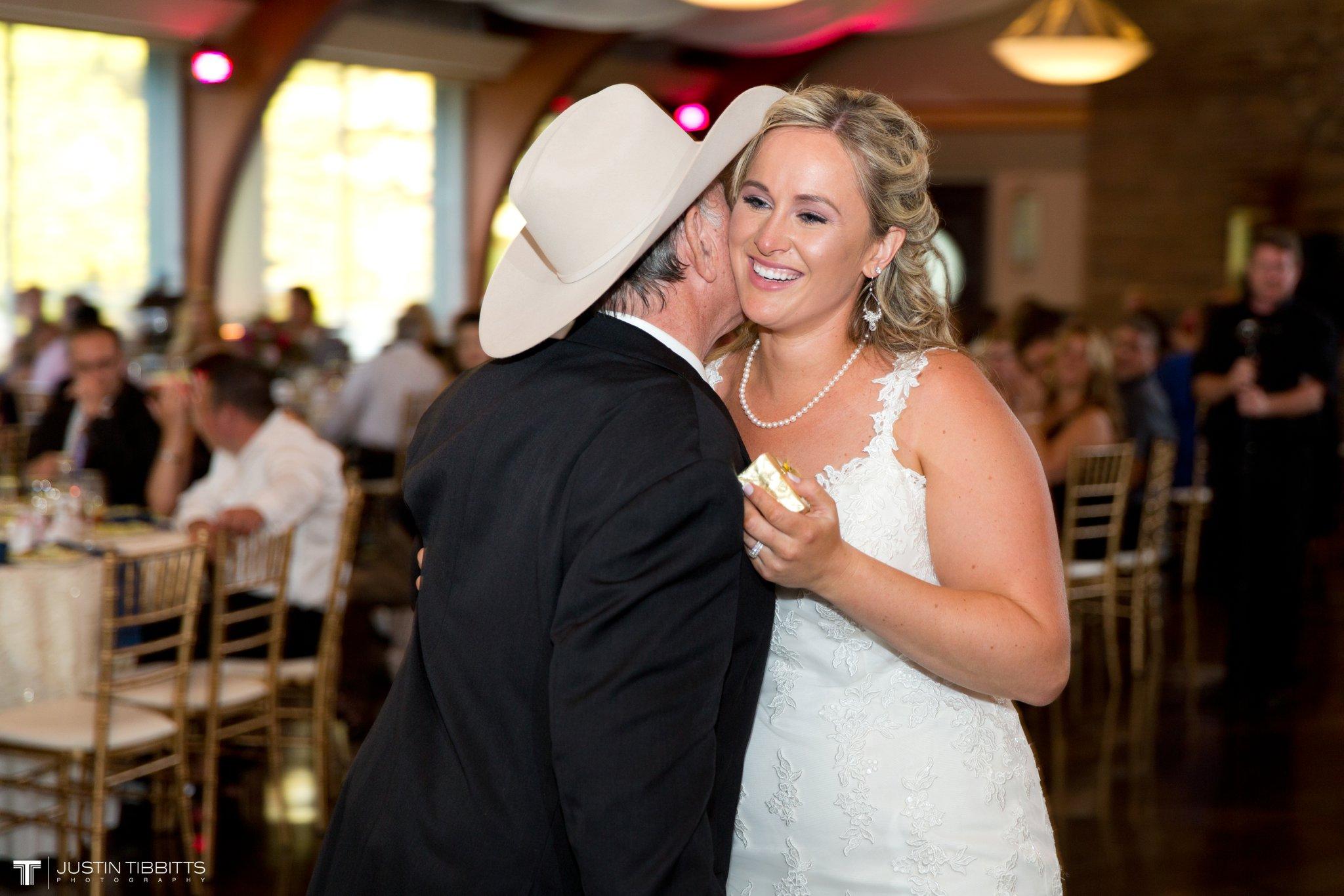 Birch Hill Wedding Photos with Savanna and Zachary_0094