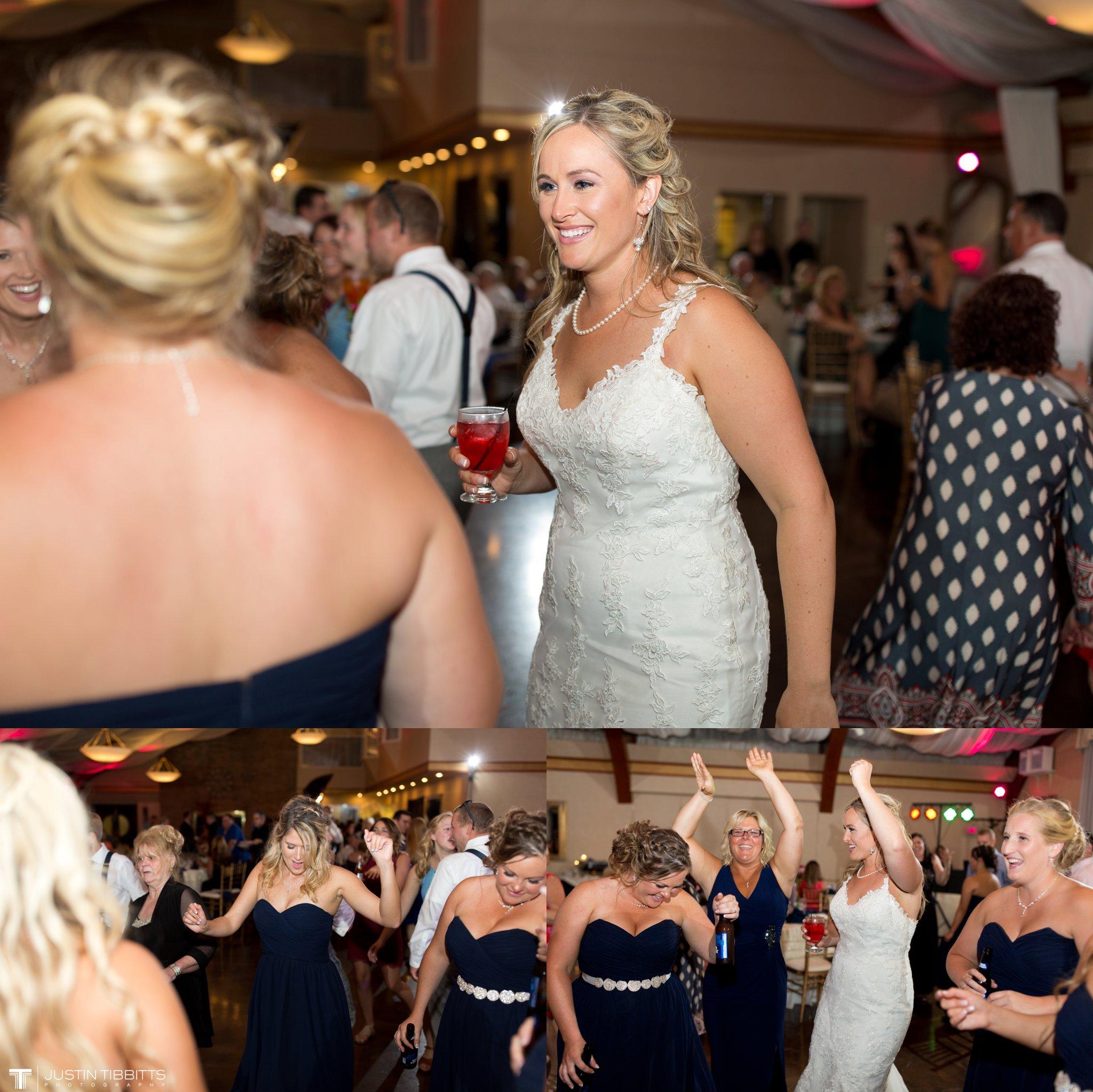 Birch Hill Wedding Photos with Savanna and Zachary_0113