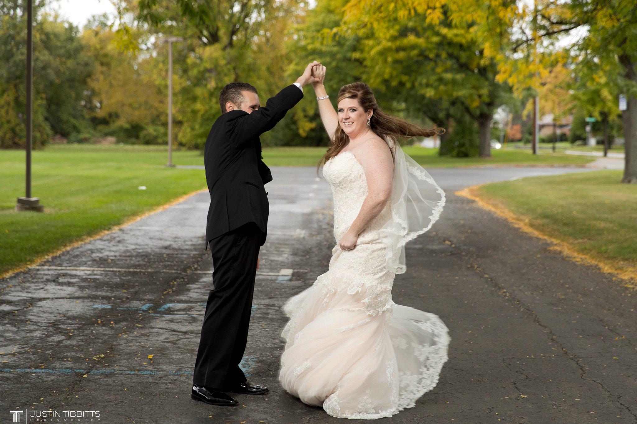 Hall of Springs Wedding Photos with Amanda and Jon-Michael_0073