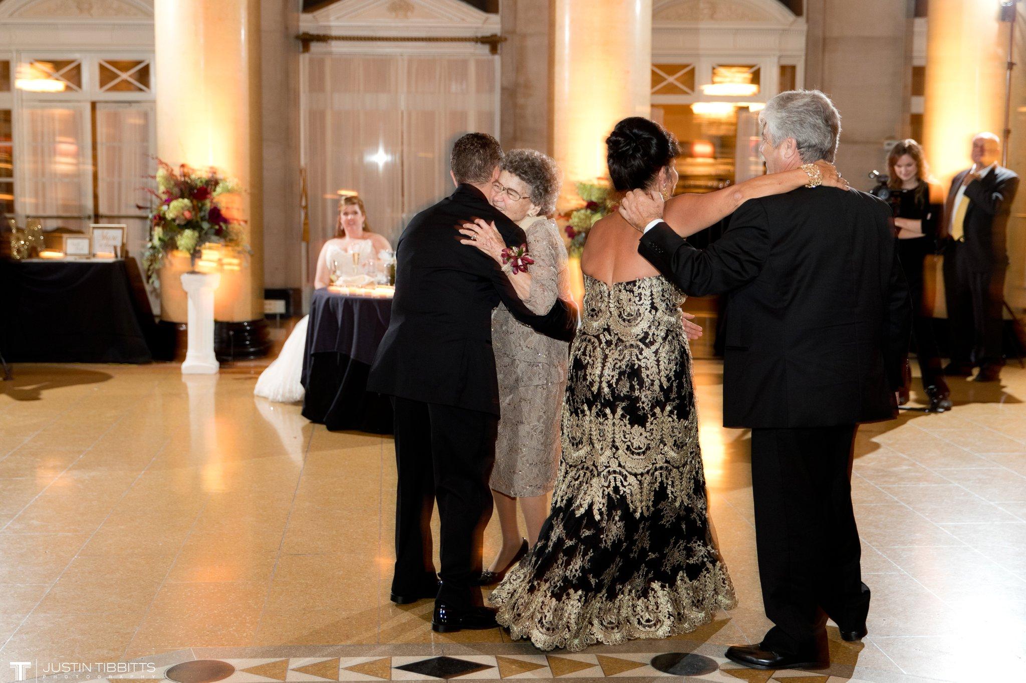 Hall of Springs Wedding Photos with Amanda and Jon-Michael_0102
